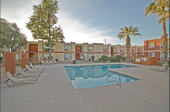 La Terraza Apartments 5333 East Thomas Road Phoenix Az